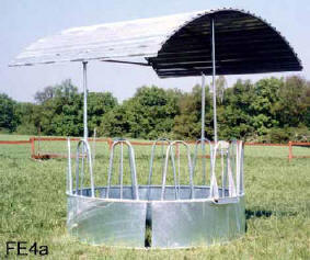 Coyaltix Carriages Round Bale Feeder